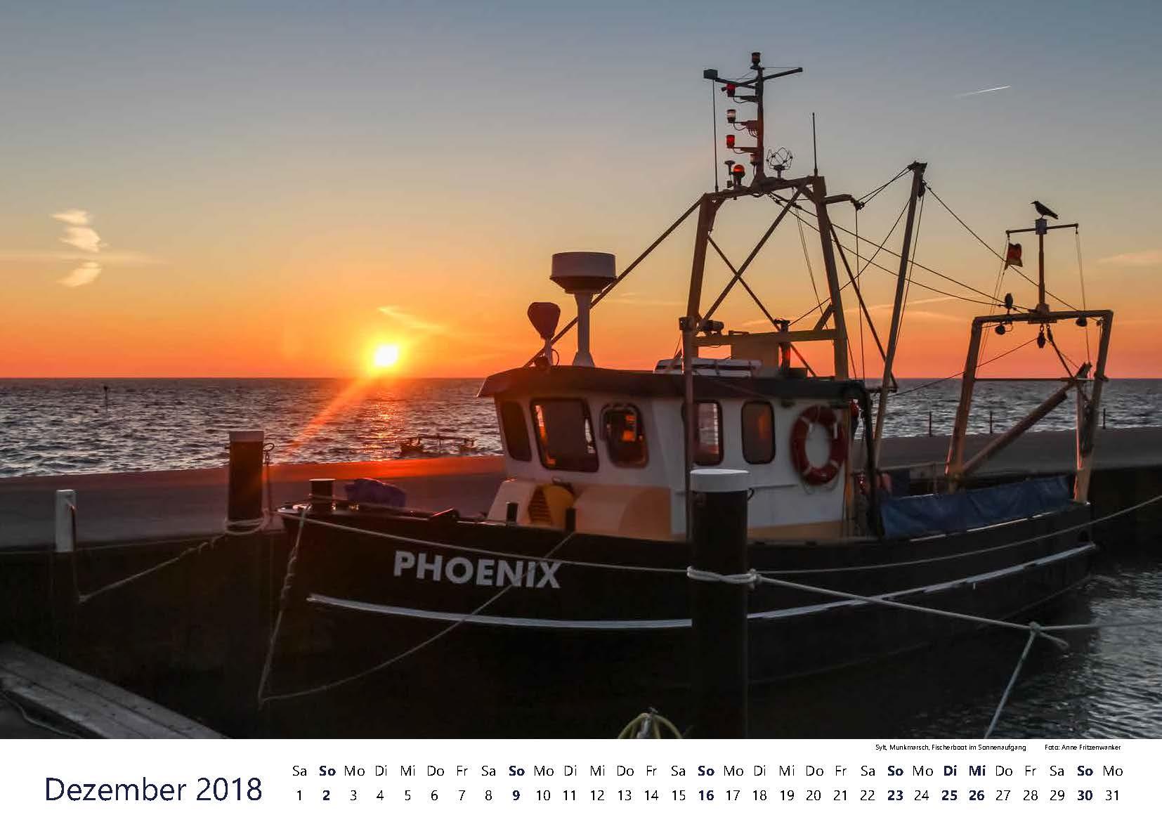 Sylt, Munkmarsch, Fischerboot im Sonnenaufgang